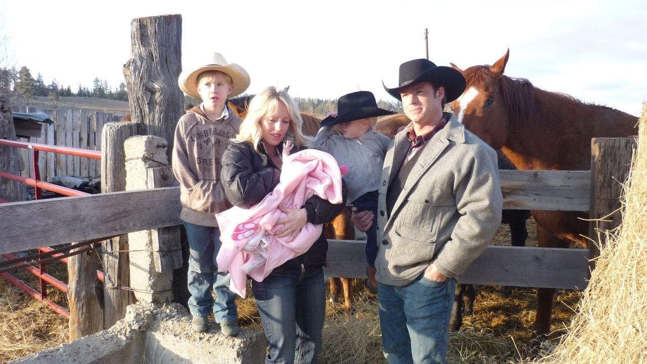 Bei Familie Dahl in Montana haben Anna und Pisei nicht viel zu lachen ... - Bildquelle: kabel eins