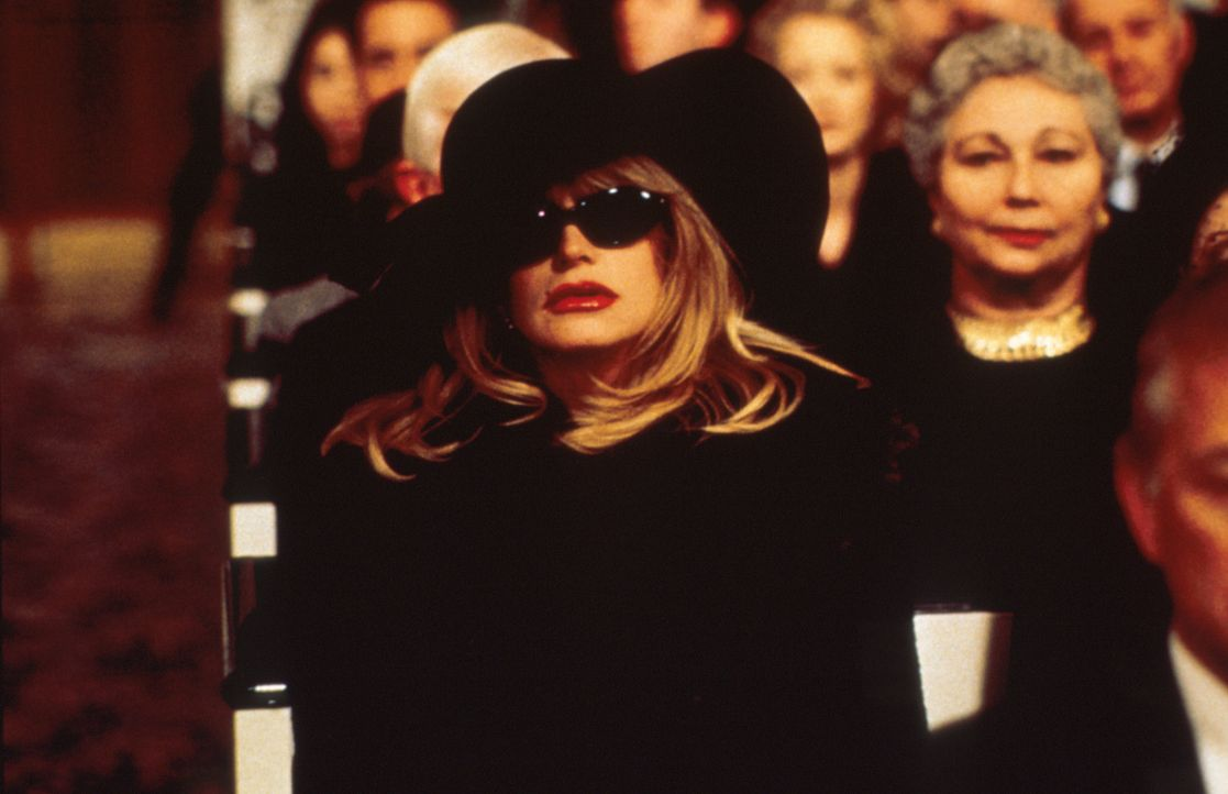 Nach 25 Jahren treffen sich die Jugendfreundinnen Brenda, Elise (Goldie Hawn) und Annie in ihrer Heimatstadt wieder, doch leider aus einem traurigem... - Bildquelle: Paramount Pictures