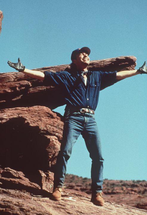 Genau an seinem 40. Geburtstag findet Mitch Robbins (Billy Crystal) im Hut seines verstorbenen Freundes Curly eine alte Landkarte auf der, der Weg z... - Bildquelle: Warner Bros.