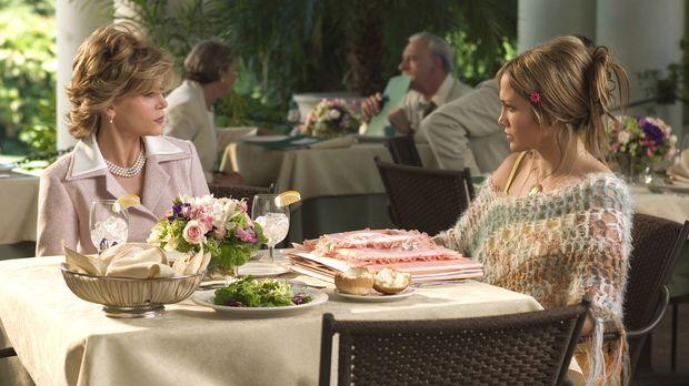 Das Schwiegermonster - Die in der Liebe glücklose Charlie (Jennifer Lopez, r....