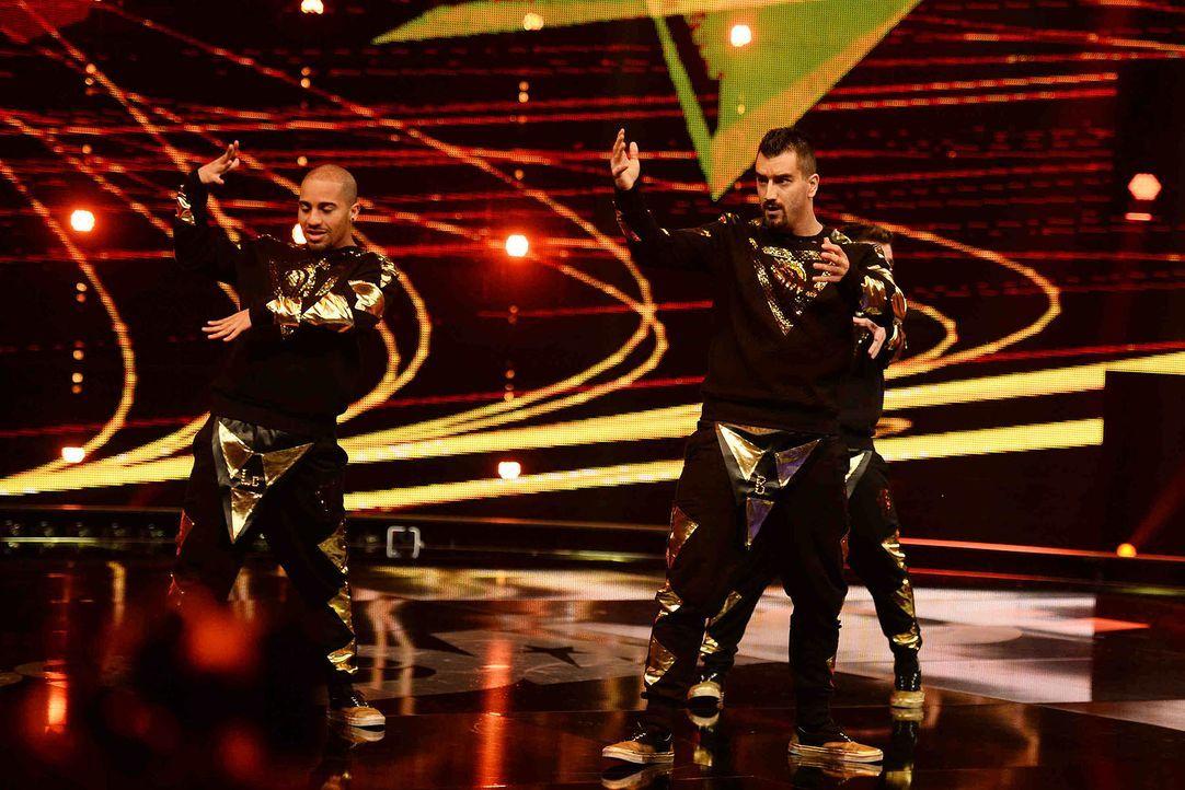 Got-To-Dance-FanatiX-02-SAT1-ProSieben-Willi-Weber - Bildquelle: SAT.1/ProSieben/Willi Weber