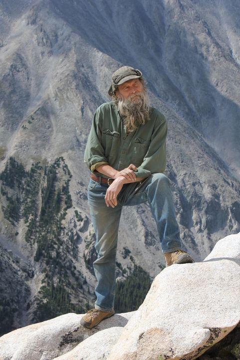 Die Berge machen Dwayne Hall immer mehr zu schaffen, schließlich ist er nicht mehr der Jüngste ... - Bildquelle: High Noon Entertainment 2014