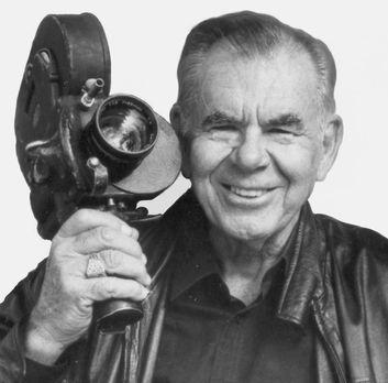 Russ Meyer: Vixen! - Die Darstellerinnen für seine Filme wählte er stets ents...