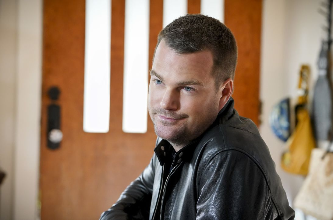 Callen (Chris O'Donnell) gibt alles, um zu verhindern, dass sein Vater im Zuge eines Geiseldramas gegen zwei US-Bürger eingetauscht wird ... - Bildquelle: Bill Inoshita 2018 CBS Broadcasting, Inc. All Rights Reserved/Bill Inoshita