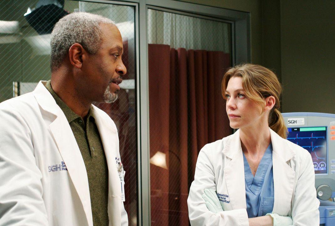 Das Pflegepersonal hat seine Drohung wahr gemacht und streikt. Für Meredith (Ellen Pompeo, r.) und Dr. Webber (James Pickens, Jr.) bedeutet das Mehr... - Bildquelle: Touchstone Television