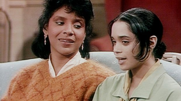 Clair (Phylicia Rashad, l.) empfiehlt Denise (Lisa Bonet, r.), sich aus dem L...