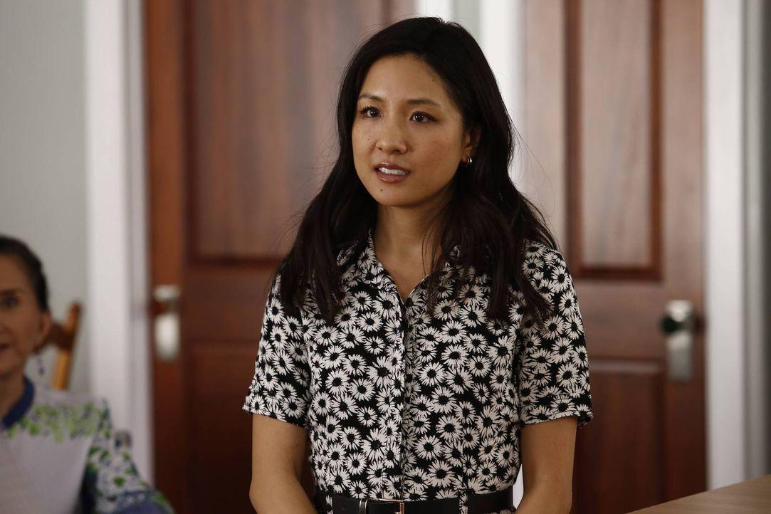 Jessica (Constance Wu) glaubt, mit dem fertig renovierten Haus viel Geld verdienen zu können und überredet Grandma Huang und Honey, es zu vermieten.... - Bildquelle: 2015-2016 American Broadcasting Companies. All rights reserved.