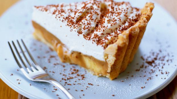 Bananen baiser kuchen mit schokoraspeln for Kuchen zusammenstellen programm