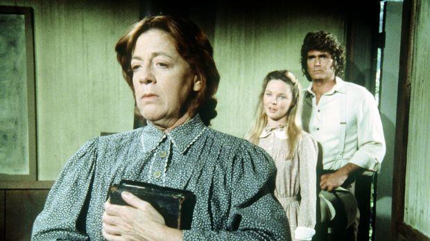 Miss Peel (Anita Dangler, l.) bekommt unerwartet Besuch von Mary (Melissa Sue...