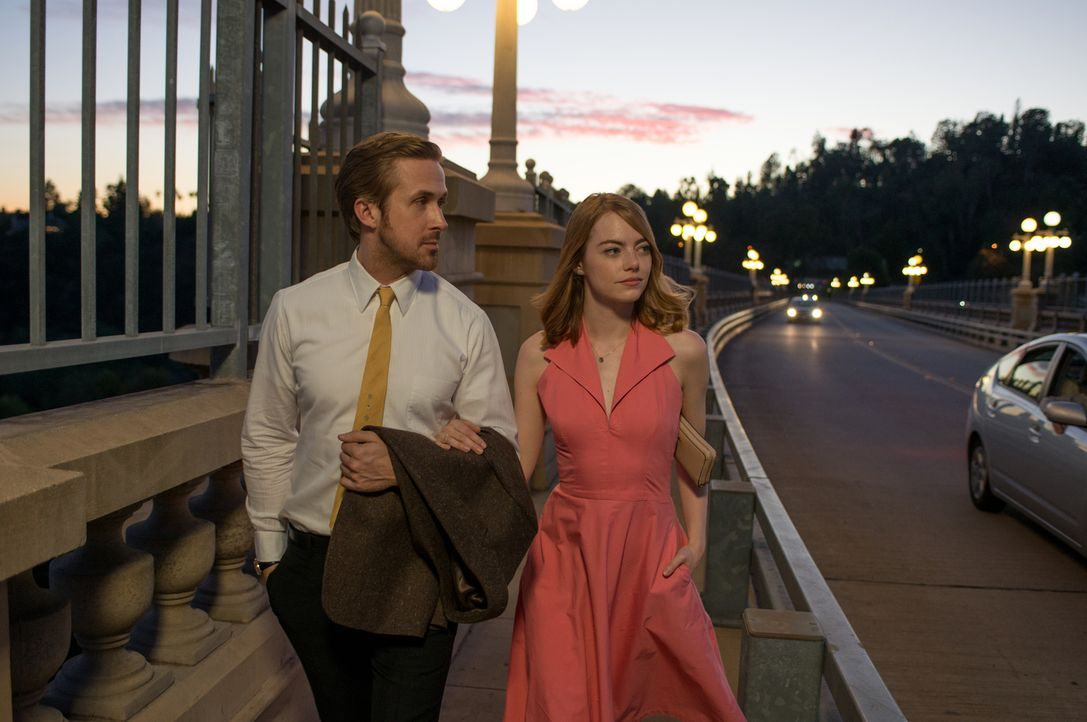 Sebastian (Ryan Gosling, l.); Mia (Emma Stone, r.) - Bildquelle: Dale Robinette 2016 Summit Entertainment, LLC. All Rights Reserved./ Dale Robinette