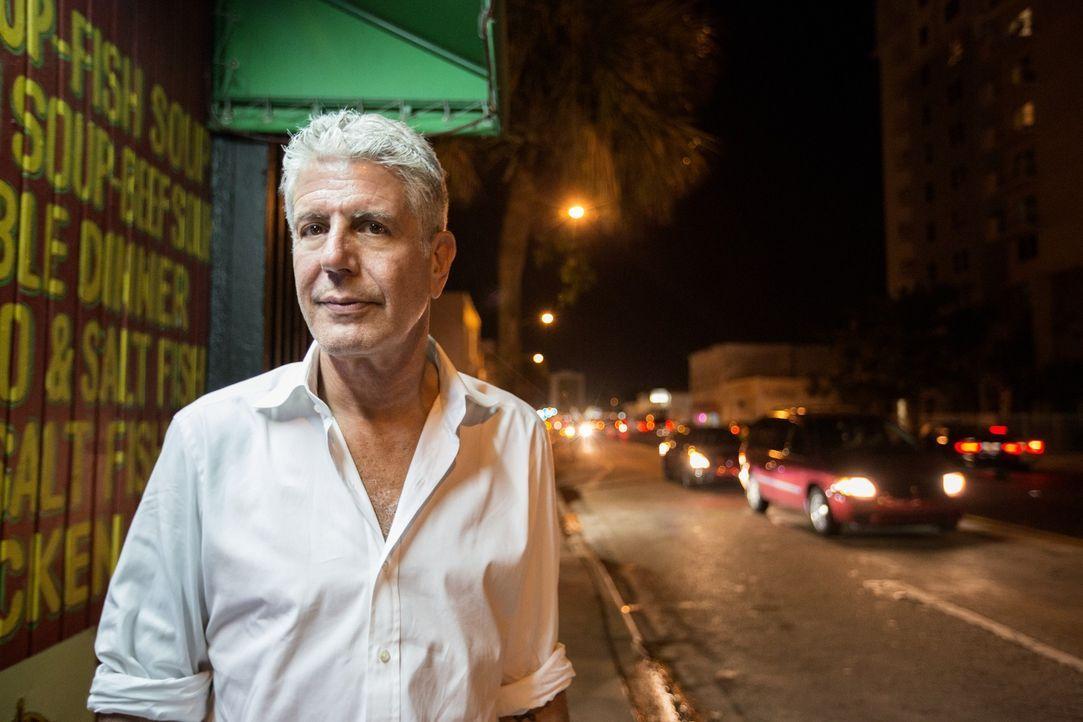 Anthony Bourdain reist nach Miami und geht dort auf kulinarische Entdeckungstour .... - Bildquelle: 2015 Cable News Network, Inc. A TimeWarner Company All rights reserved