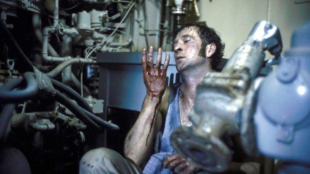Alex Vitalij (Peter Lohmeyer) wird in eine Gangstertruppe eingeschleust ... ©...