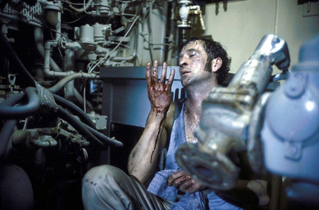 Alex Vitalij (Peter Lohmeyer) wird in eine Gangstertruppe eingeschleust ... - Bildquelle: Hans-Joachim Pfeiffer ProSieben