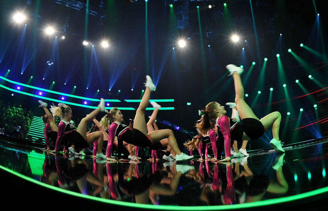 Got-To-Dance-Juicy-Chrystals-Cheerleader-01-SAT1-ProSieben-Willi-Weber - Bildquelle: SAT.1/ProSieben/Willi Weber