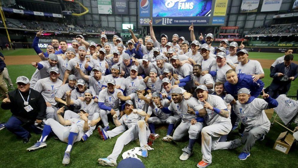 Die Dodgers wollen den ersten Titel seit 1988 - Bildquelle: AFPGETTY IMAGES NORTH AMERICASIDJONATHAN DANIEL