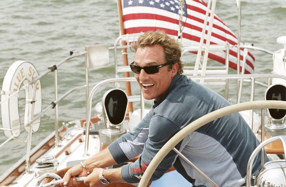Bei Tripp (Matthew McConaughey) muss man etwas nachhelfen, damit er endlich die weite Welt erkundet und sein elterliches Nest verlässt ... - Bildquelle: TM &   Paramount Pictures. All Rights Reserved.