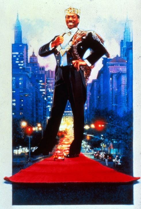 Als bettelarmer Student getarnt, versucht der verwöhnte Prinz Akeem (Eddie Murphy), die Frau fürs Leben zu finden ... - Bildquelle: Paramount Pictures
