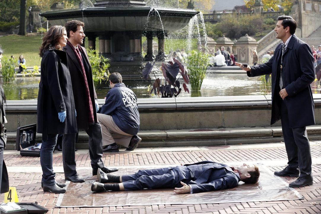 Haben einen kniffligen Mordfall: Dr. Henry Morgan (Ioan Gruffudd, M.), Detective Jo Martinez (Alana de la Garza, l.) und Detective Hanson (Donnie Ke... - Bildquelle: Warner Brothers