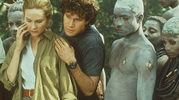 Karen Ross (Laura Linney, l.) und ihr Kollege Peter Elliot (Dylan Walsh, M.)...