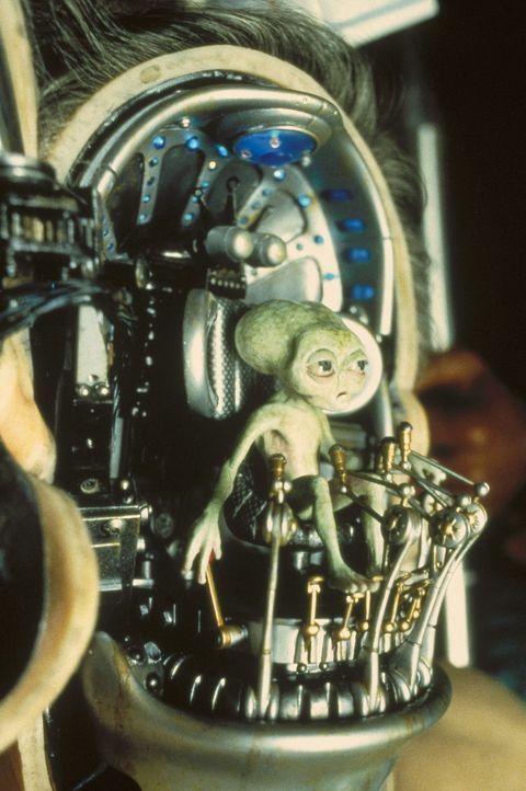 Aliens wollen die Weltherrschaft an sich reißen. Gut, dass es die MIB gibt ... - Bildquelle: Columbia TriStar