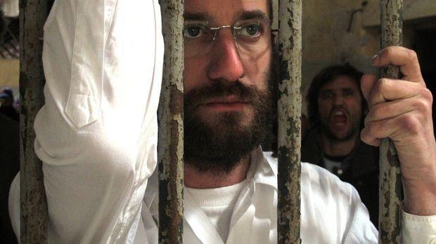 Ein Freund des ultraorthodoxen chassidischen Juden Samuel Leibowitz (Bild) bi...