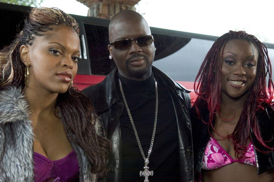 Der schwerkriminelle Hiphop-Produzent Terrell Singletery (Viv Leacock, M.), wird aus dem Knast entlassen und beginnt sofort einen blutigen Rachefeld... - Bildquelle: Sony Pictures Television International