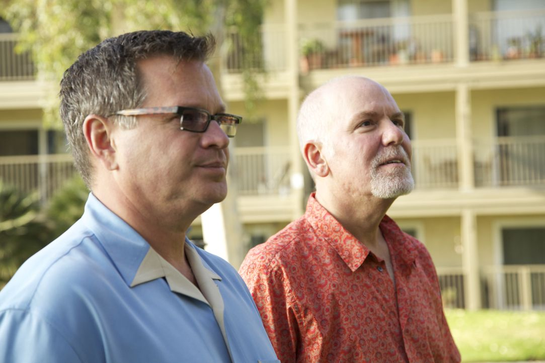 Suchen nach der perfekten Unterkunft mit Meerblick für unter $300.000: Joel (l.) und sein Freund Ned (r.) ... - Bildquelle: 2013,HGTV/Scripps Networks, LLC. All Rights Reserved