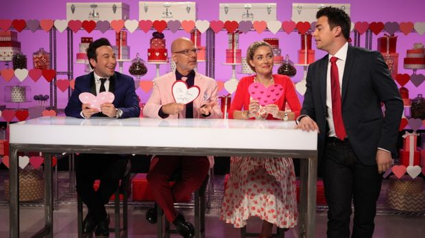 Zum Valentinstag kommt Liebe bei der Cake War Jury Ron Ben-Israel (2.v.l.), W...