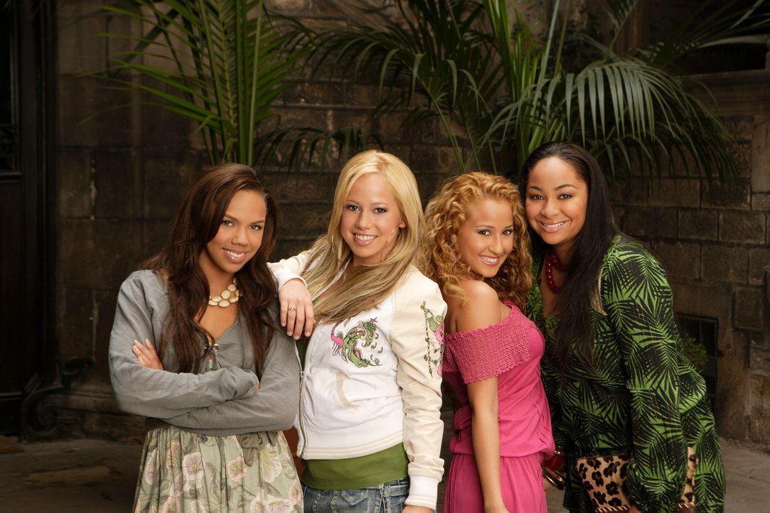 """Der Sommer ihres Lebens beginnt: die vier """"Cheetah Girls"""" (v.l.n.r.) Aqua (Kiely Williams), Dorinda (Sabrina Bryan), Chanel (Adrienne Bailon) und Ga... - Bildquelle: Buena Vista International Television"""