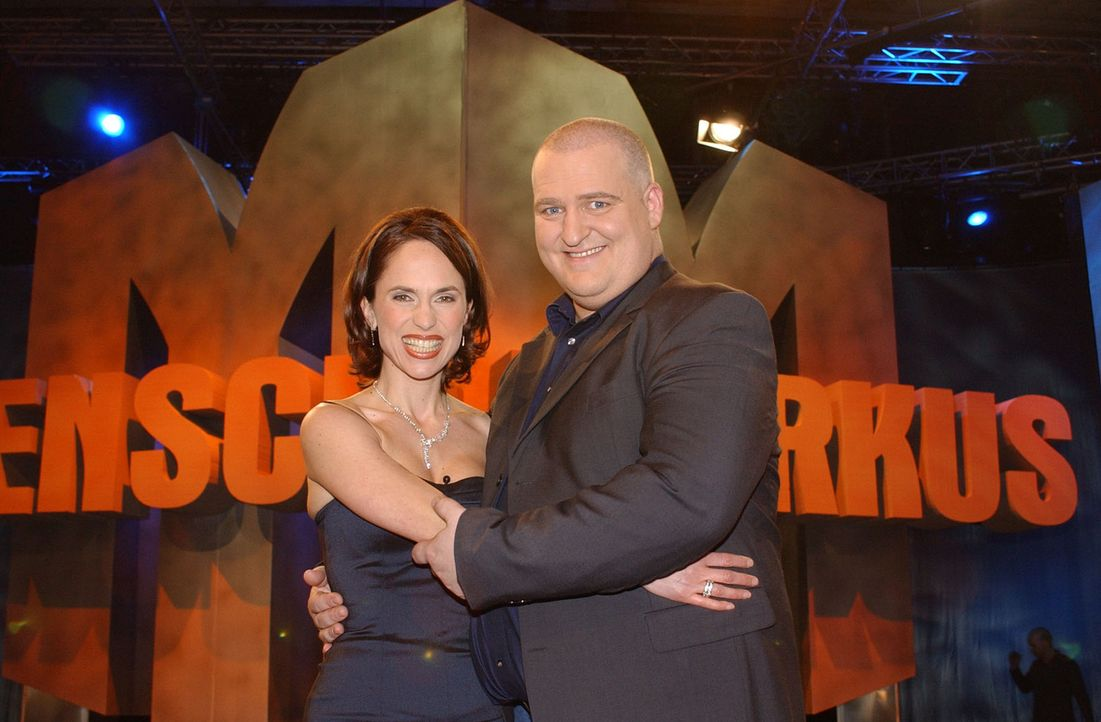 Markus Maria Profitlich (r.) und Ingrid Einfeldt (l.) - Bildquelle: Thomas Böhme Sat.1