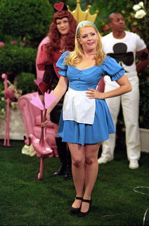 Im Wunderland sucht Sabrina (Melissa Joan Hart, M.) nach der Wahrheit über ihrer großen Liebe. Dort trifft sie zu ihrer Überraschung auf Morgan (... - Bildquelle: Paramount Pictures