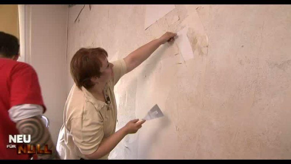 Die Tapete löst sich von der Wand?