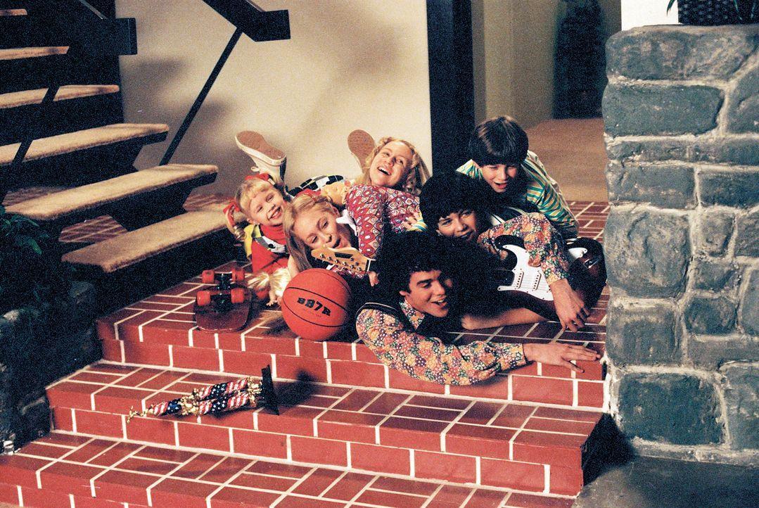 Bei den Bradys geht es schon immer turbulent zu, doch ein folgenschwerer Fund stellt das Leben der Kinder (v.l.n.r.) Cindy (Sofia Vassilieva), Marci... - Bildquelle: TM &   2002 by Paramount Pictures. All Rights Reserved.