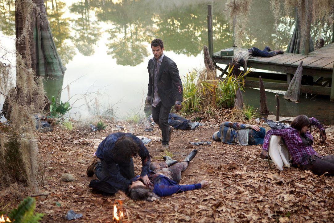 Überall Tote Werwölfe - Bildquelle: Warner Bros. Entertainment Inc.