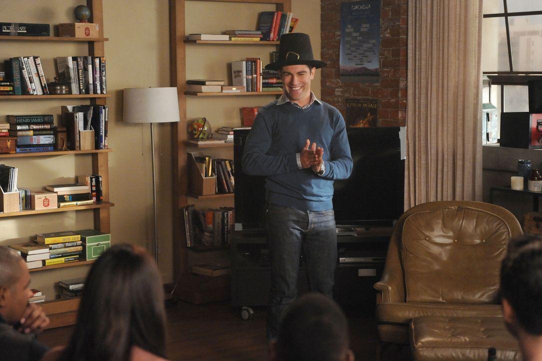 """Da alle seine Freunde gerade Single sind, macht Schmidt (Max Greenfield) aus Thanksgiving einfach """"Bangs-giving"""" ... - Bildquelle: 2014 Twentieth Century Fox Film Corporation. All rights reserved."""