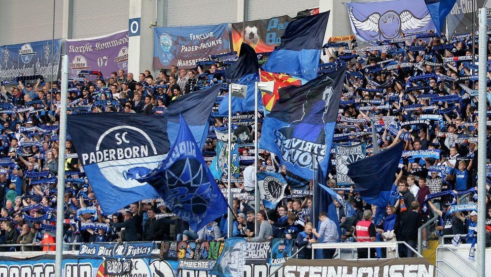 Die Zuschauer in Paderborn sahen ein fulminantes Spiel - Bildquelle: FIRO SPORTPHOTOFIRO SPORTPHOTOSID
