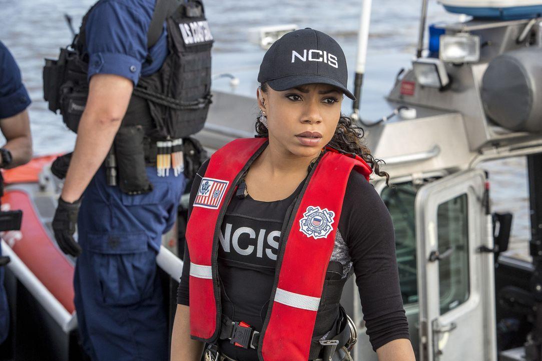 Percy (Shalita Grant) und ihre Kollegen vom NCIS müssen einen möglichen Anschlag in New Orleans verhindern und dabei bald entsetzt feststellen, wer... - Bildquelle: Skip Bolen 2016 CBS Broadcasting, Inc. All Rights Reserved