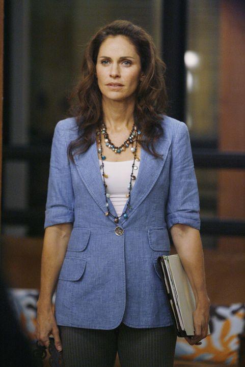 Gemeinsam mit Cooper und Charlotte behandelt Violet (Amy Brenneman) einen Frischverheirateten, der aus Nervosität vor der Hochzeitsnacht zuviel Viag... - Bildquelle: ABC Studios