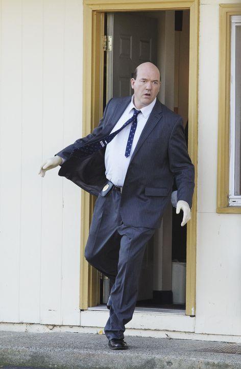 Bei den Ermittlungen in einem neuen Fall: Bud Morris (John Carroll Lynch) ... - Bildquelle: ABC Studios