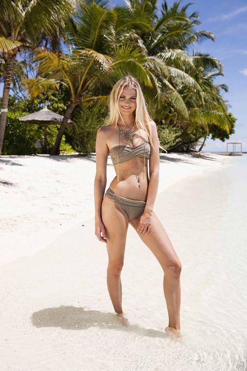GNTM-Stf10-Epi13-Bikini-Shooting-Malediven-15-Darya-ProSieben-Boris-Breuer - Bildquelle: ProSieben/Boris Breuer