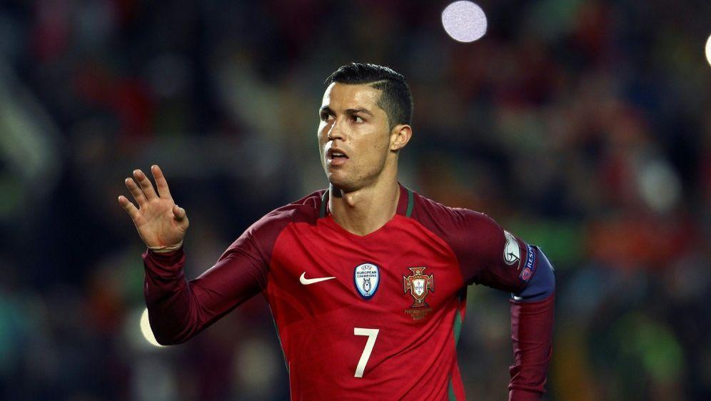 Confed Cup Dfb Konkurrenz Setzt Auf Stars Wie Ronaldo Vidal Und