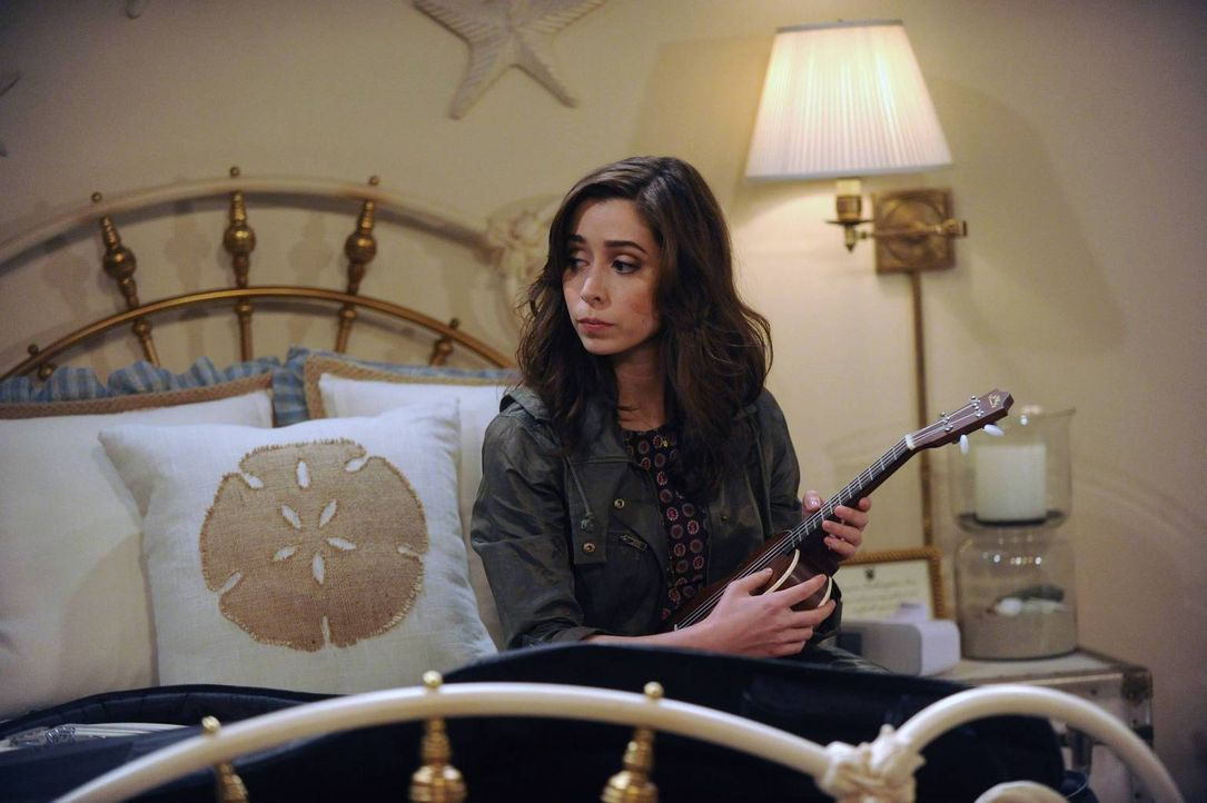 Von ihrem Verlobten Lois getrennt, zieht Tracy (Cristin Milioti) in das Farhampton Inn Hotel Zimmer 6. Gleich nebenan: Ted ... - Bildquelle: 2014 Twentieth Century Fox Film Corporation. All rights reserved.