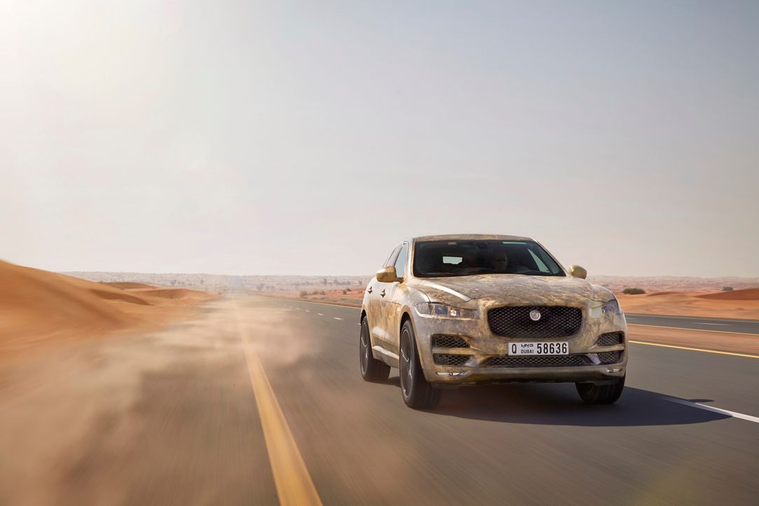 Jag_FPACE_Hot_Test_Image_290715_01_small - Bildquelle: Jaguar