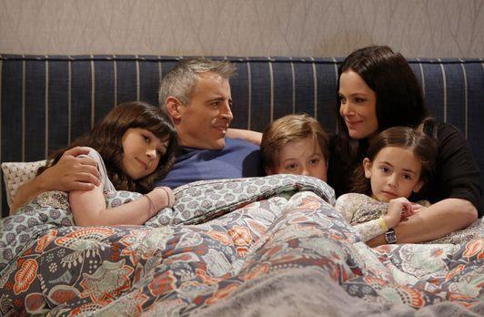 Eine ganz besondere Familie: Adam (Matt LeBlanc, 2.v.l.) mit seiner Frau Andi...
