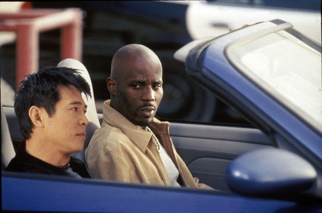 Von Natur aus sind sie Gegner, doch die Umstände schmieden sie zusammen: Su (Jet Li, l.) will sich an dem Mann rächen, der ihm einst nach dem Lebe... - Bildquelle: Warner Bros.