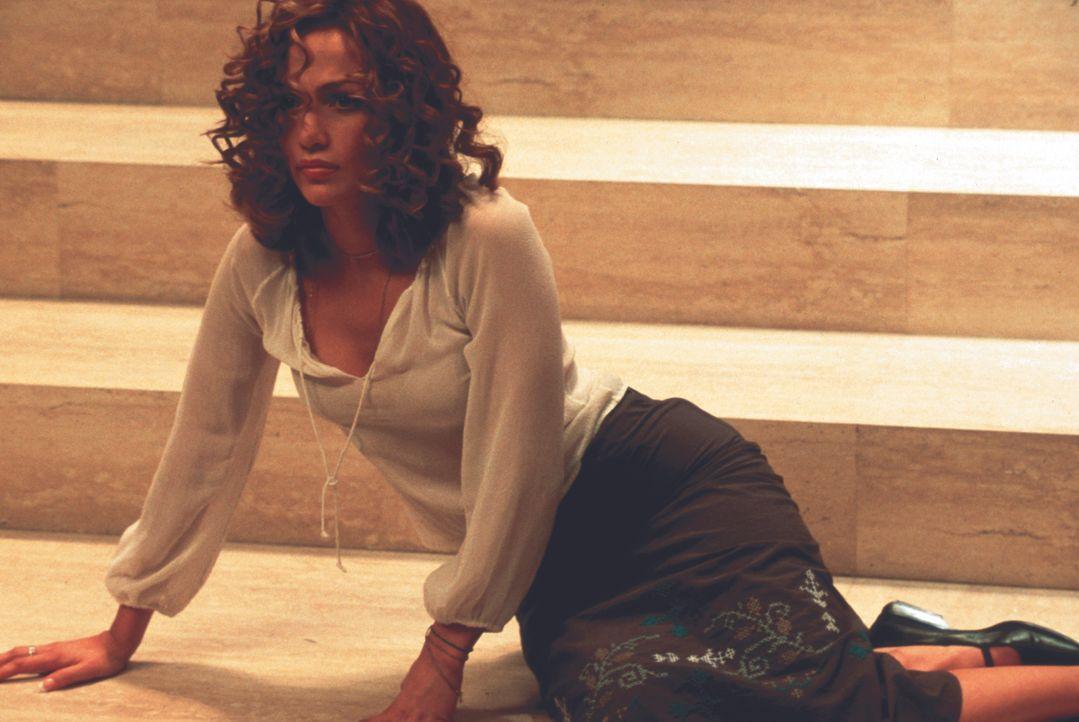 Eines Tages erhält die Psychologin Catherine Deane (Jennifer Lopez) vom FBI den Auftrag, ihre neuerforschte Methode, das menschliche Hirn per Comput... - Bildquelle: Kinowelt Filmverleih
