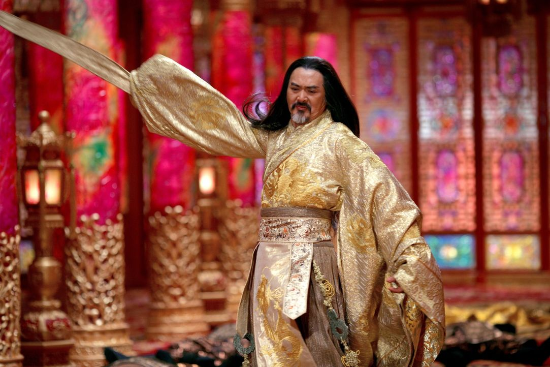 Kaiser Ping (Yun Fat Chow) schmiedet grausame Rachepläne gegen seine Gattin, als er von deren Affäre während seiner Abwesenheit erfährt ... - Bildquelle: TOBIS Film