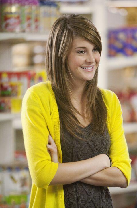 In einem Supermarkt in Palm Springs trifft Amy (Shailene Woodley) auf den smarten Jimmy. Es stellt sich heraus, dass er der Sohn von Josh Nash ist -... - Bildquelle: Randy Holmes 2009 Disney Enterprises, Inc. All rights reserved.