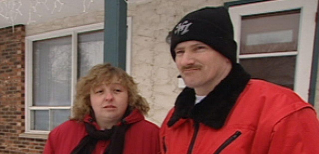 Axel (r.) und Ricarda (l) Keith wandern samt Töchterchen Nathalie (7) nach Winnipeg, Kanada aus. Axel hat einen Job als Trucker, viel mehr ist alle... - Bildquelle: kabel eins