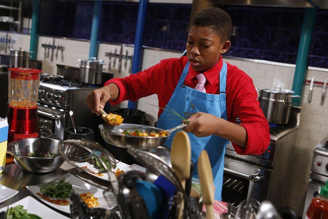 Kobena aus Los Angeles liebt scharfes Essen - wird er damit auch eine Geschmacksexplosion in den Mündern der Jury auslösen können? - Bildquelle: Jason DeCrow 2015, Television Food Network, G.P. All Rights Reserved